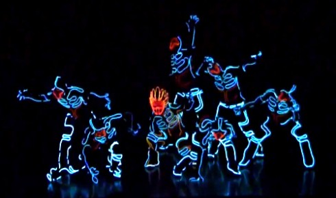 tron-lightsuit-dance-routine-2